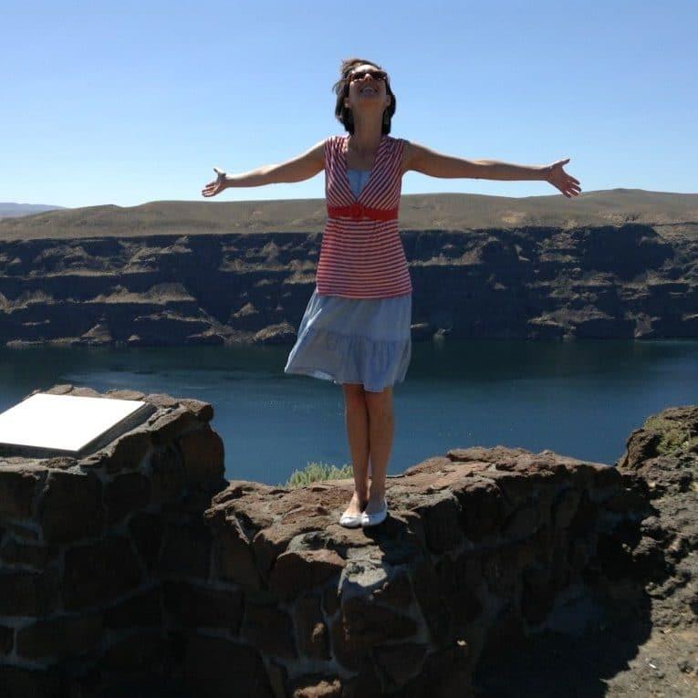 eva on a cliff
